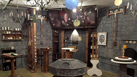 Top 10 tips and tactics for solving puzzles in escape rooms