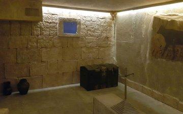 What represent the escape rooms?